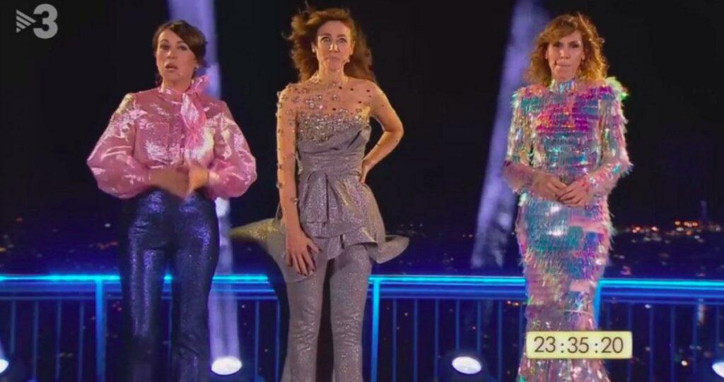 Lídia Heredia, Helena Garcia Melero i Cristina Puig presentant les Campanades de TV3 2020-2021