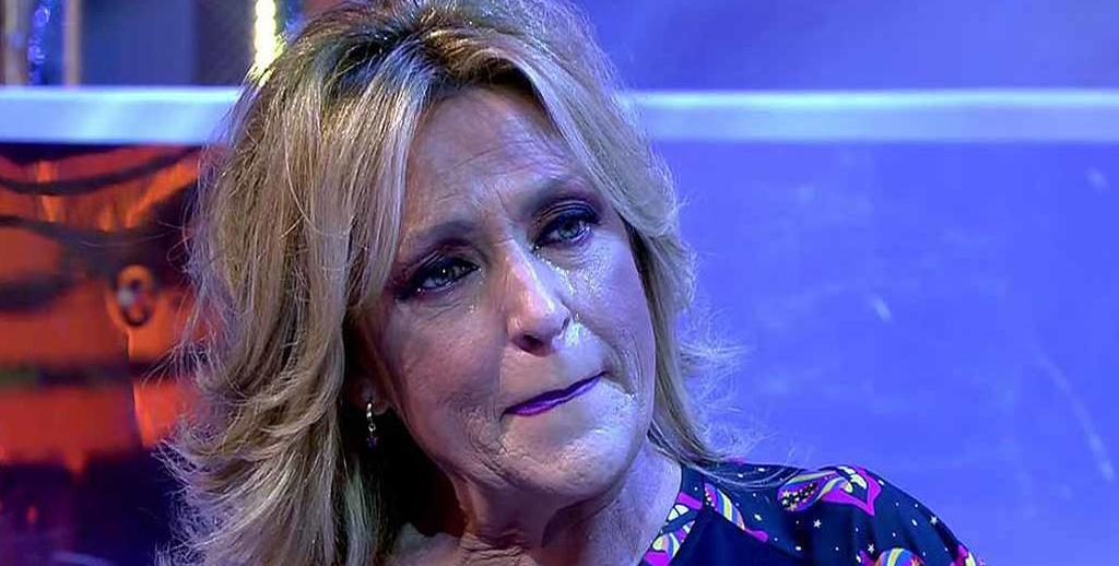 Lydia Lozano es trenca en directe a 'Sálvame' / Telecinco