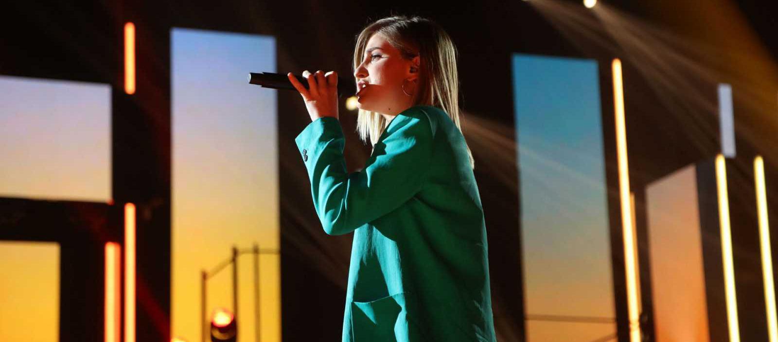 Samantha d'OT canta en català  / TVE