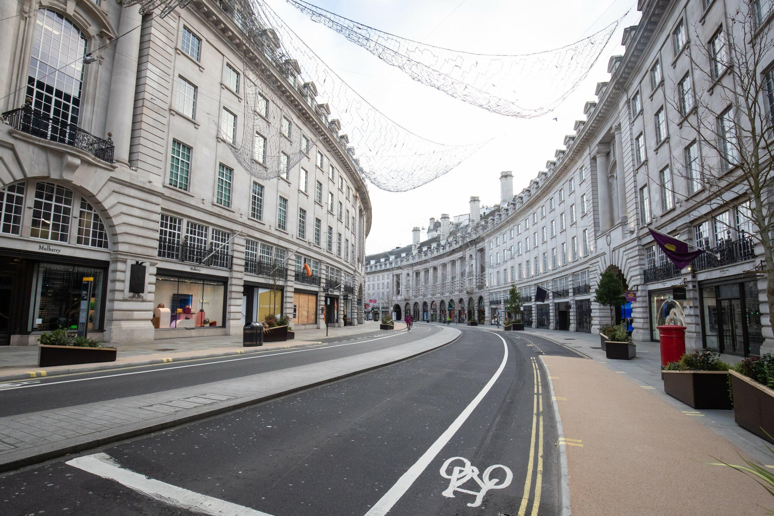 Regents Street, a Londres, buida el dia de Nadal a causa del cofinament / EP