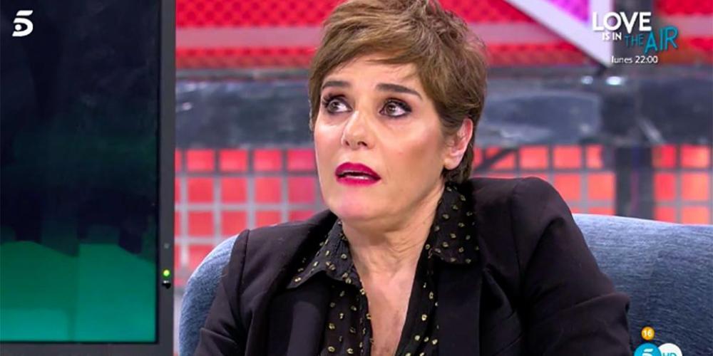 Anabel Alonso, emocionada durant l'entrevista al 'Deluxe' / Telecinco