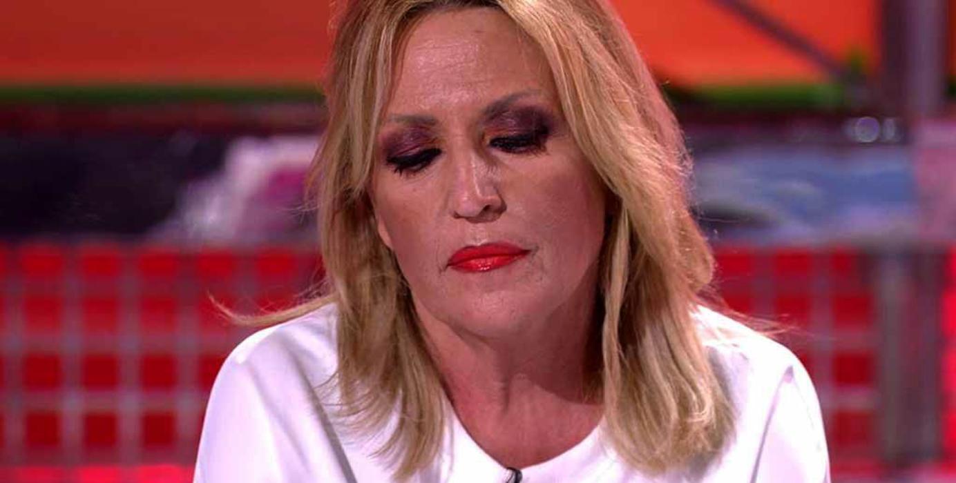 Lydia Lozano, molt afectada per la traïció dels companys de 'Sálvame' / Telecinco