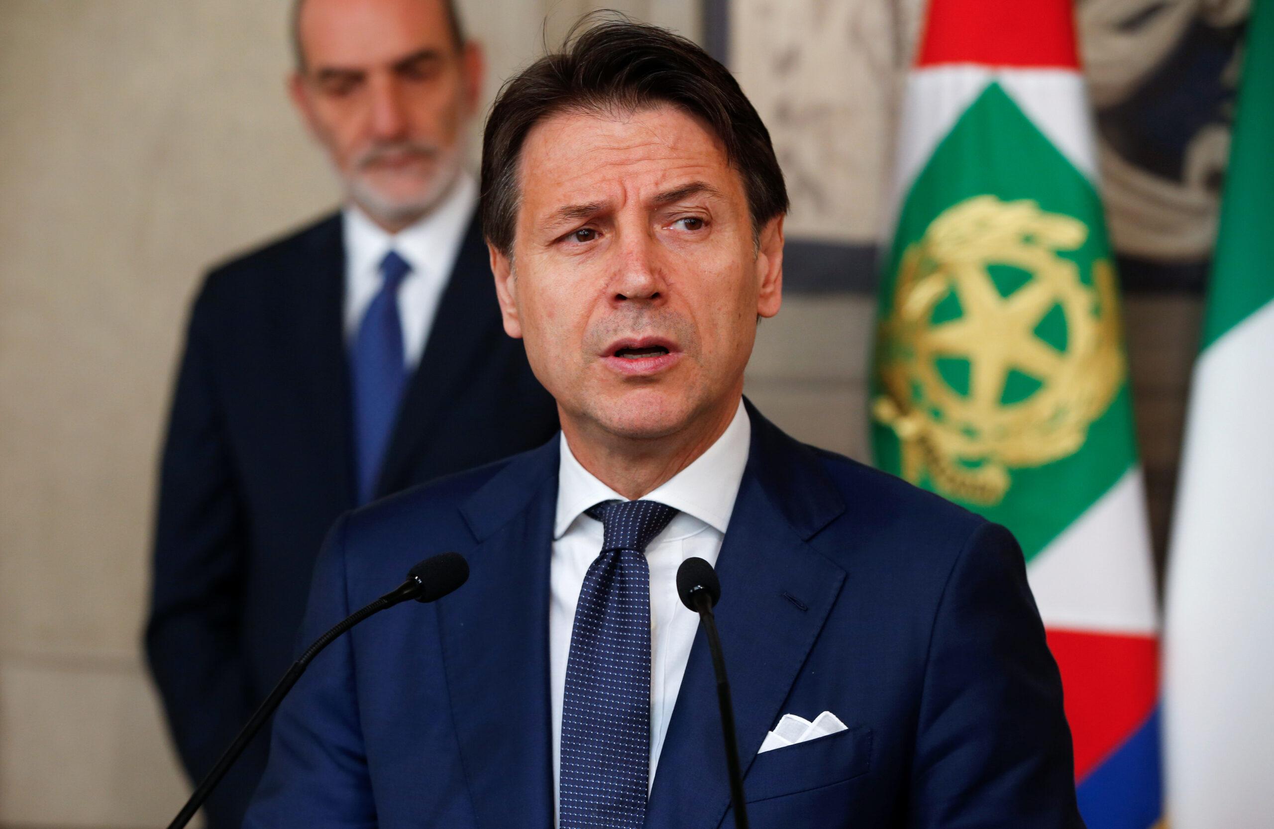 El primer ministre italià Giuseppe Conte parla als mitjans de comunicació al Palau Presidencial del Quirinale | ACN