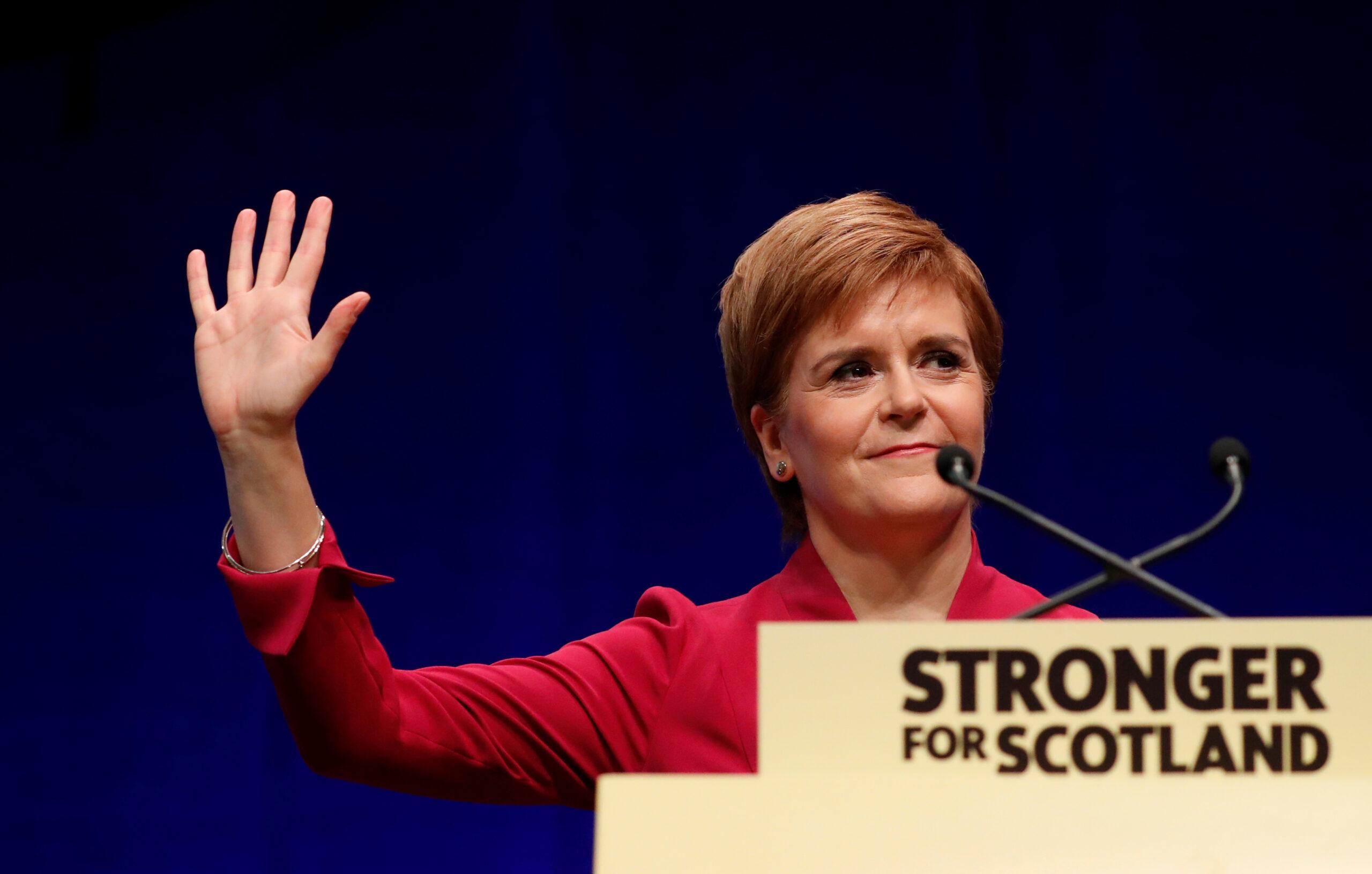 La primera ministra d'Escòcia, Nicola Sturgeon, durant la seva intervenció a la conferència de tardor de l'SNP a Aberdeen, Escòcia   ACN