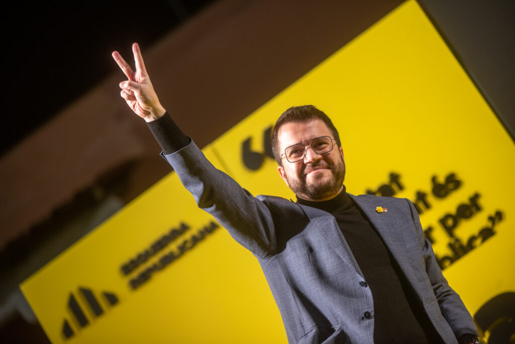 El cap de llista d'ERC, Pere Aragonès, en un acte de campanya a l'Hospitalet | ACN