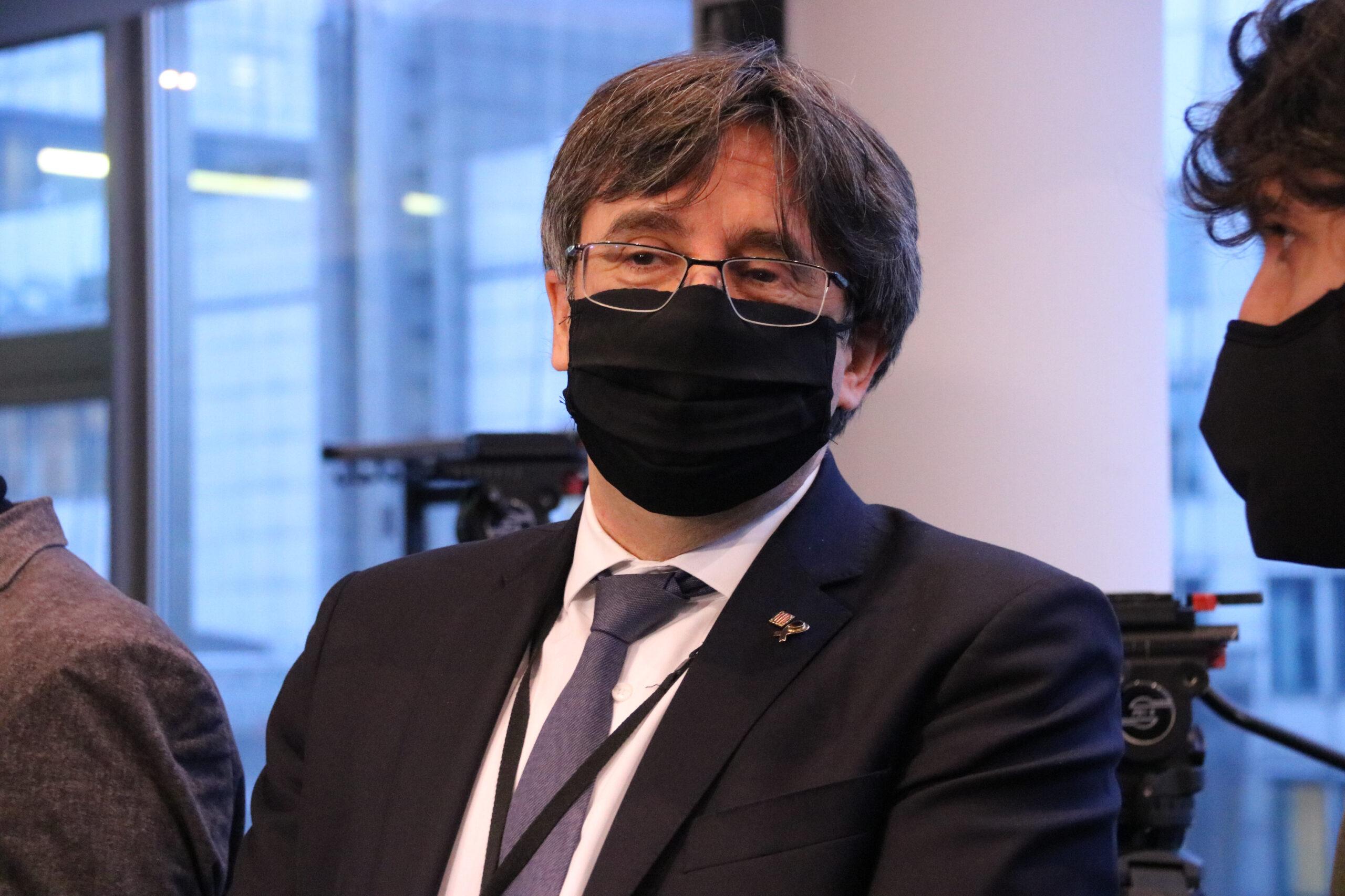 Carles Puigdemont a l'entrada de la vista pel suplicatori el 14 de gener de 2021 al Parlament Europeu | ACN