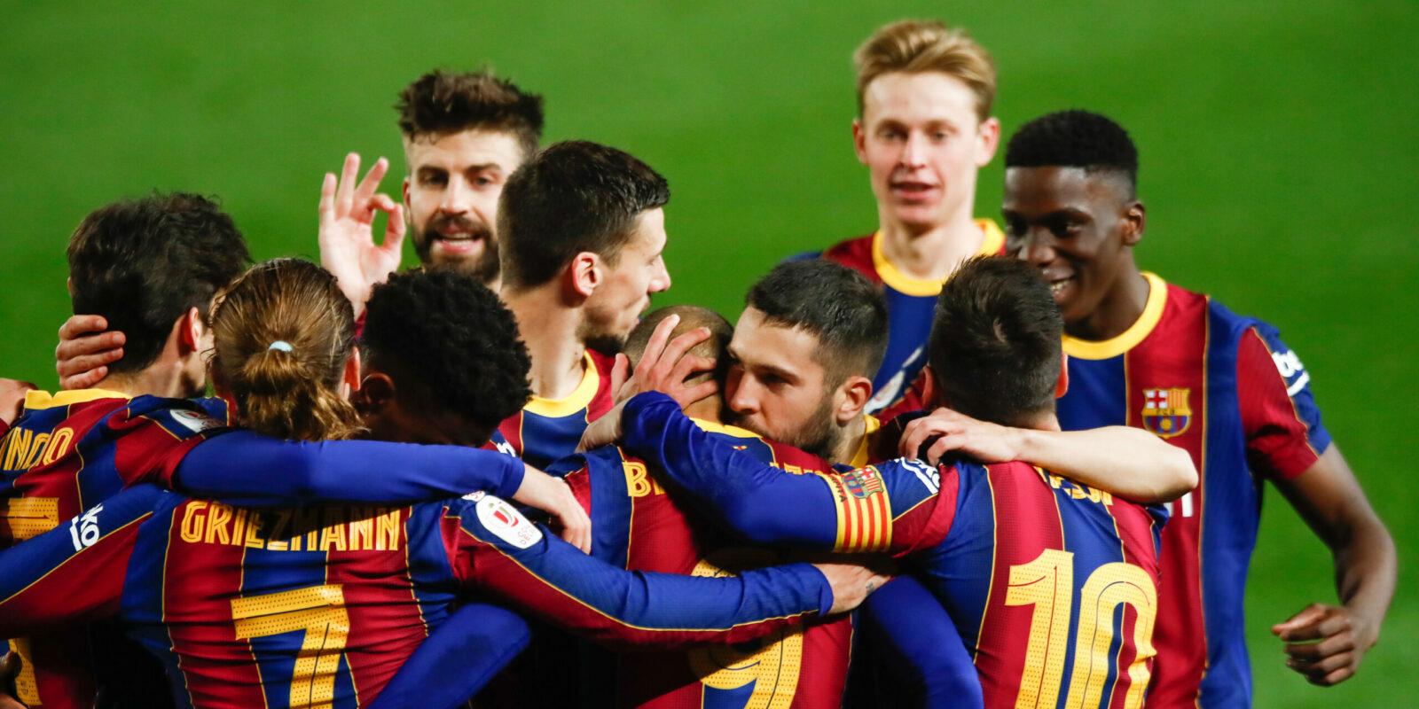 Els jugadors del Barça celebren la classificació per a la final de Copa | Europa Press