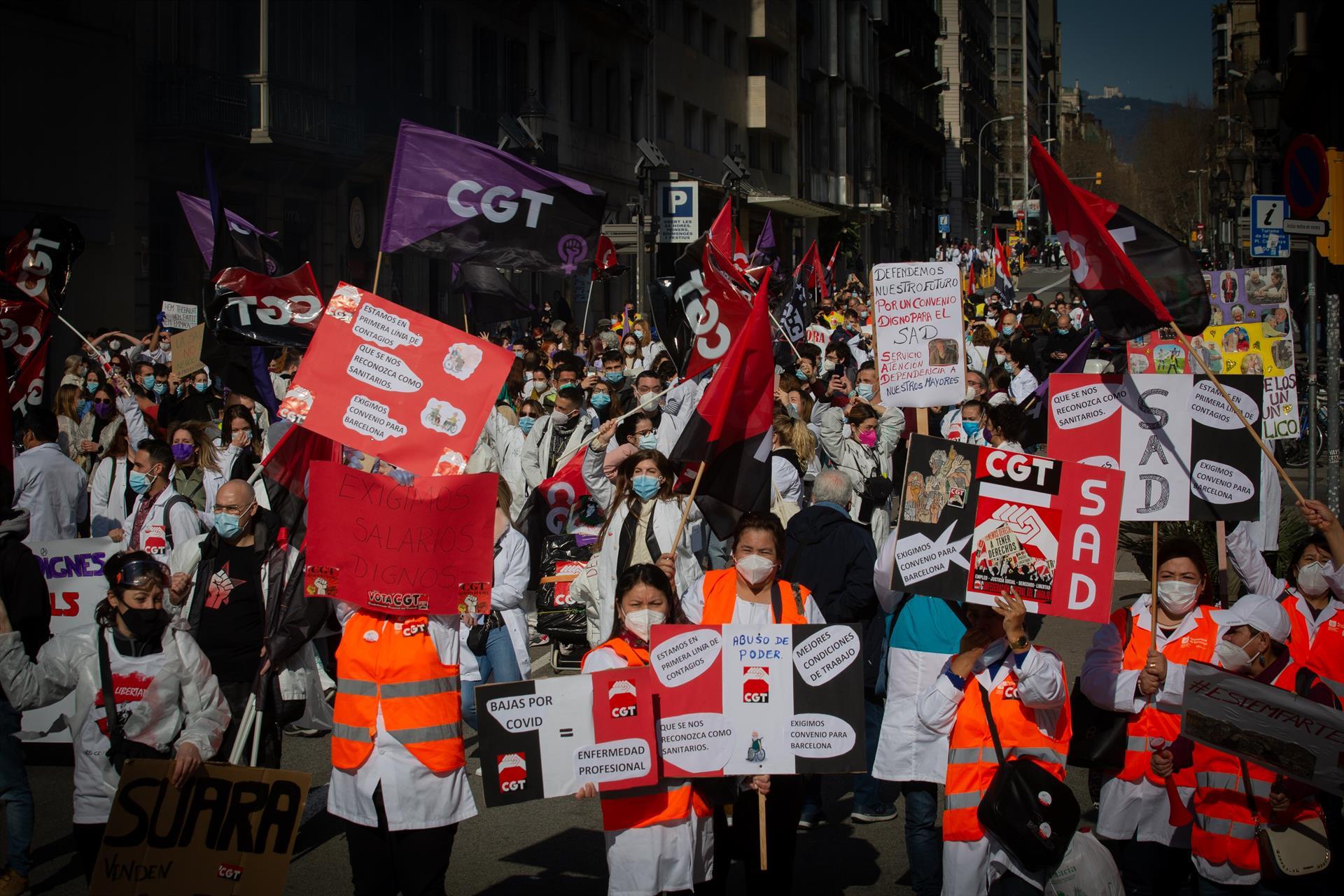 Manifestació de sanitaris a Barcelona | Europa Press