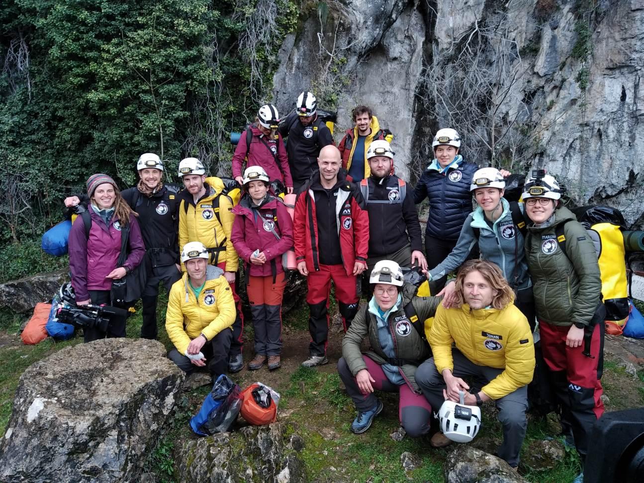 Els participants en l'expedició / Christian Clot