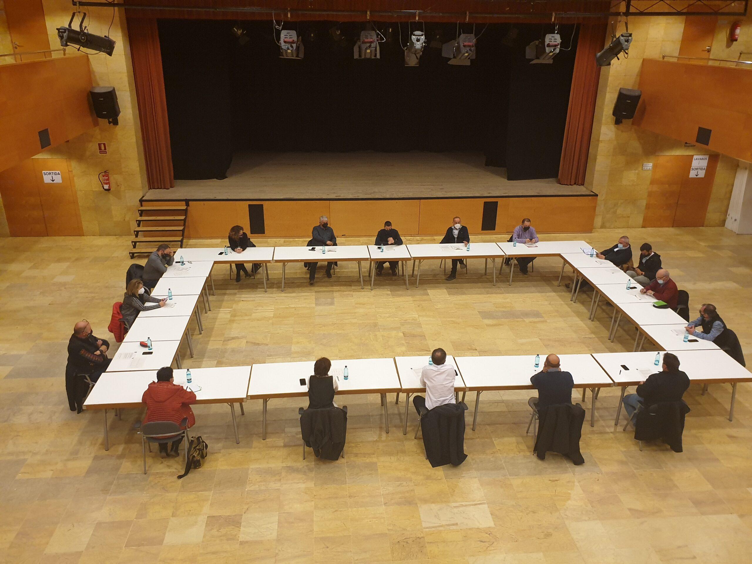 Reunió d'alcaldes del Baix Segrià amb representants d'organitzacions agràries, cooperatives, plataformes i Afrucat | ACN