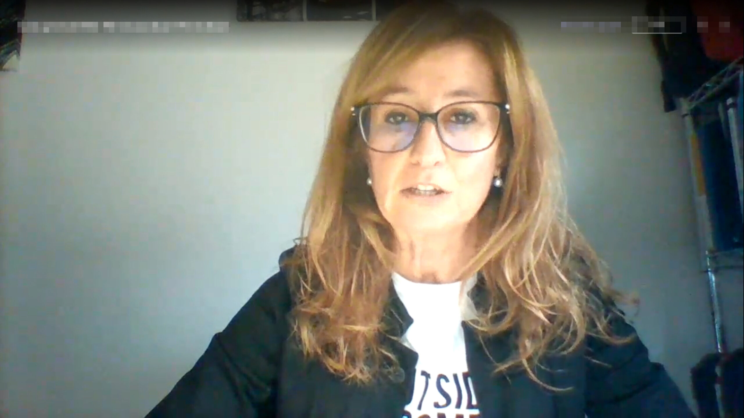 La regidora de JxCat a l'Ajuntament de Lleida, Anna Campos, en una captura de pantalla durant el ple de pressupostos de la Paeria per al 2021 | ACN