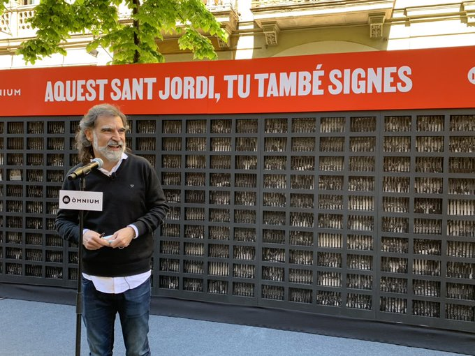 Cuixart, a l'escenari d'ômnium del carrer Diputació/QS