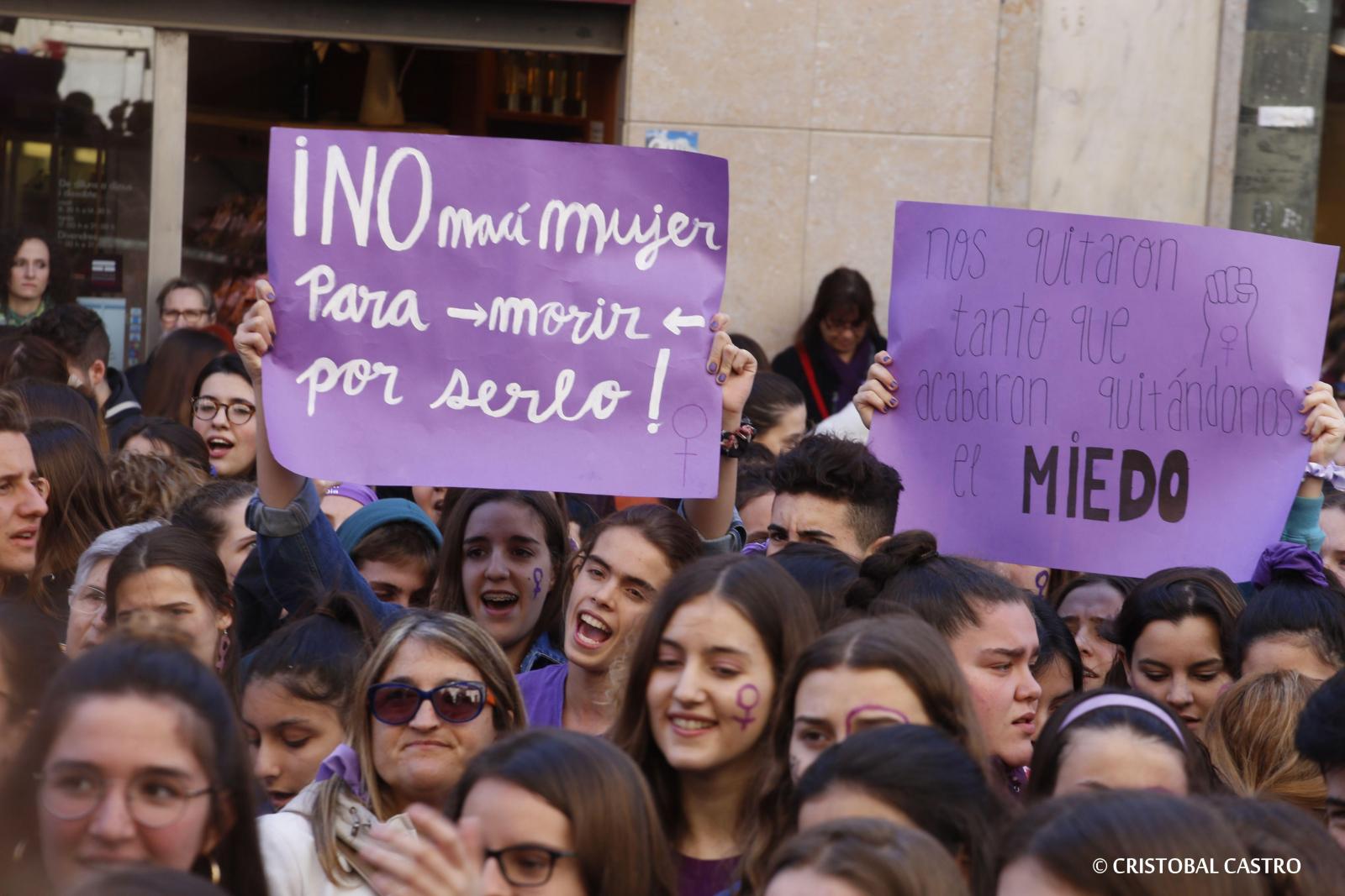La vaga feminista a Terrassa, foto a foto