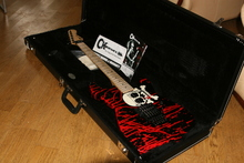 Charvel San Dimas USA W.DeMartini  Blood with Skull Graphic
