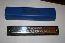 Hohner 2540/48  металлический и чёрный