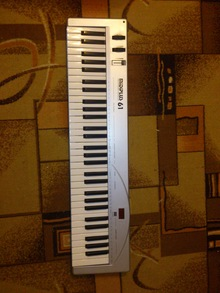 Miditech MIDIPLUS-61 USB 2004 серый