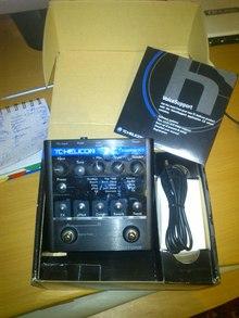 Продам вокальный процессор TC-Helicon VoiceTone Create XT в отличном (практически новом) состоянии. )