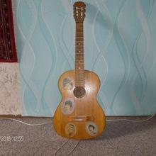 Гитара-ретро аккустическая семиструнная