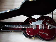 Gretsch G6119T Tennessee Rose  G6119T 2012 Бардовый