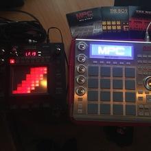 AKAI Mpc studio и Korg Kaoss pad 3+ 2013 Серебристый
