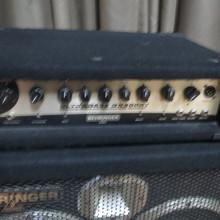 Behringer  bx3000t + басовая колонка 600в