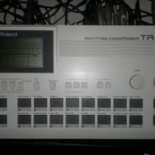 Roland Rhythm Composer TR505  Белый