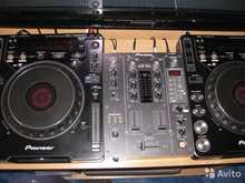 Pioneer CDJ 1000-Mk3,  DJM 400  черный
