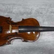Скрипка Тирольской мануфактуры 19 века
