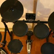 Alesis DM 6 drum kit