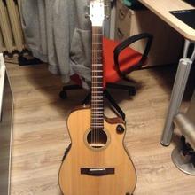 Fender CF140