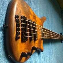 Warwick Thumb NT5