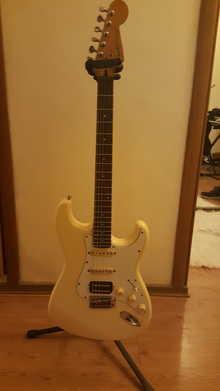 Fender Stratocaster ST-314 1983 слоновая кость