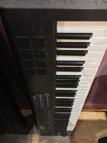 M-Audio Axiom 61 2014 Чёрный