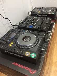 Pioneer Pioneer DJ CDJ-2000 Nexus Set: 2x CDJ-2000 Nexus, 1x DJM-900-NXS, 1x HDJ-1500-K....$2,500