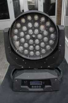 LED Wash  3610 Zoom