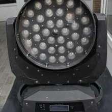 LED Wash  3610 Zoom