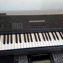 Yamaha SY85  черный