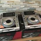 Pioneer 2 CDJ 2000 Nexus & 1 Pioneer DJM900 Nexus Mixer Platinum Limited Edition 2015 silver 2015 silver