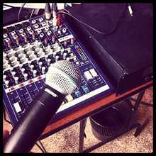 Soundcraft EPM6 2012 синий