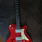 Framus Tennessee Pro  Красный