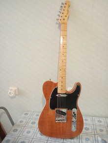 Fender Telecaster 2018 коричневый