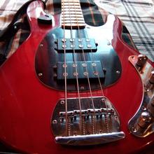 MusicMan Bass  Мастеровой 2008 Гранат (темная вишня)