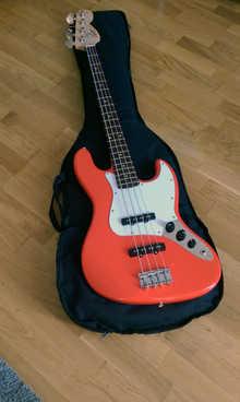 Fender Squier Affinity Jazz Bass RCR