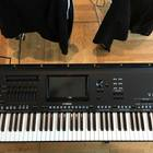 Yamaha Genos XXL Set (76 клавиш) 2017 black/silver