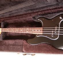 Fender Precision Bass MIM