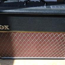 VOX Amplification AC15C2 Twin +(Celestion Alnico Blue)