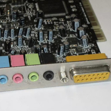 Creative  Sound Blaster Live SB0100