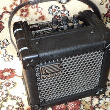 Boss (Roland) micro cube