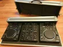 Pioneer DJ комплект Pioneer 2xCDJ-350 & DJM-350 + Кейс  Черный