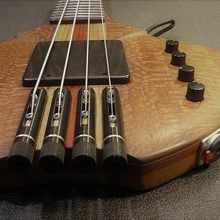 Бас гитара custom made